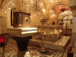 Камерный хор Санкт-Петербургской Духовной Академии принял участие в праздничных богослужениях, посвященных передаче части мощей святителя Николая Чудотворца