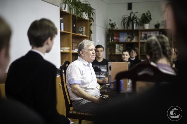 О пасхальных мотивах в русской музыкальной традиции говорили в книжной гостиной
